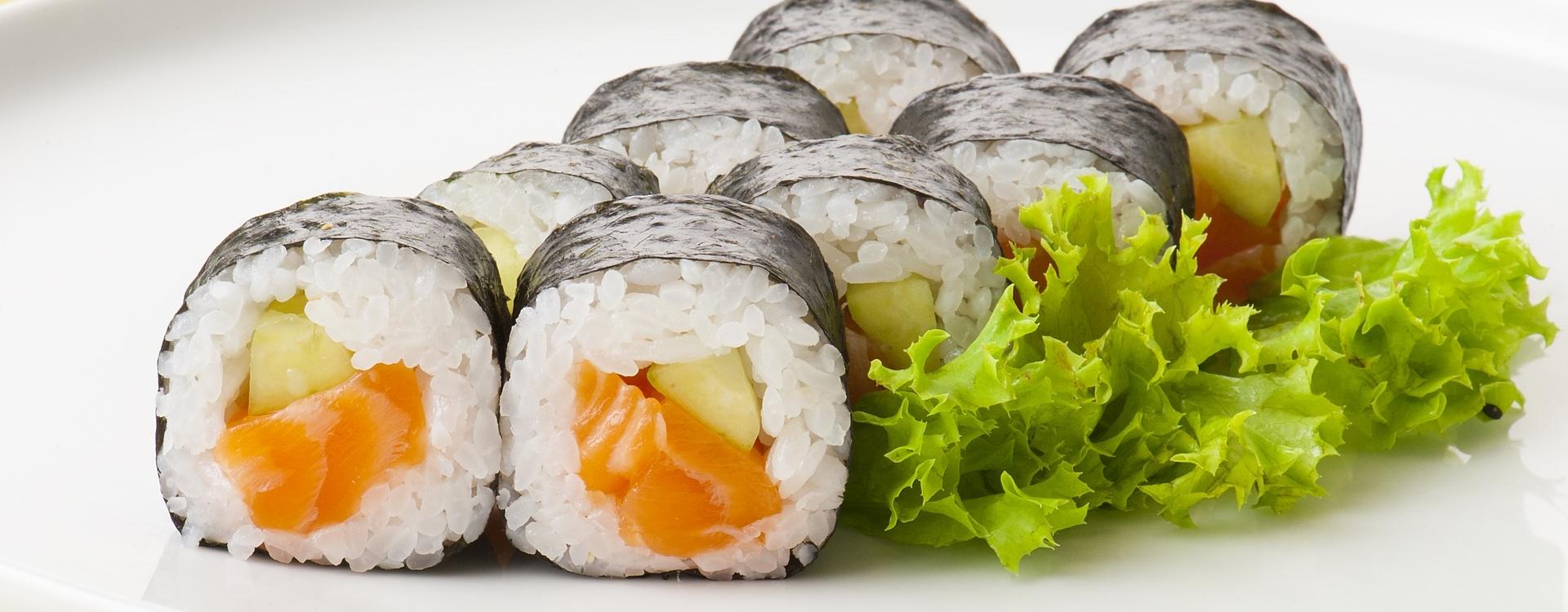 sushi in k ln sushi spezialit ten der japanischen k che leckere sushi variationen und andere. Black Bedroom Furniture Sets. Home Design Ideas